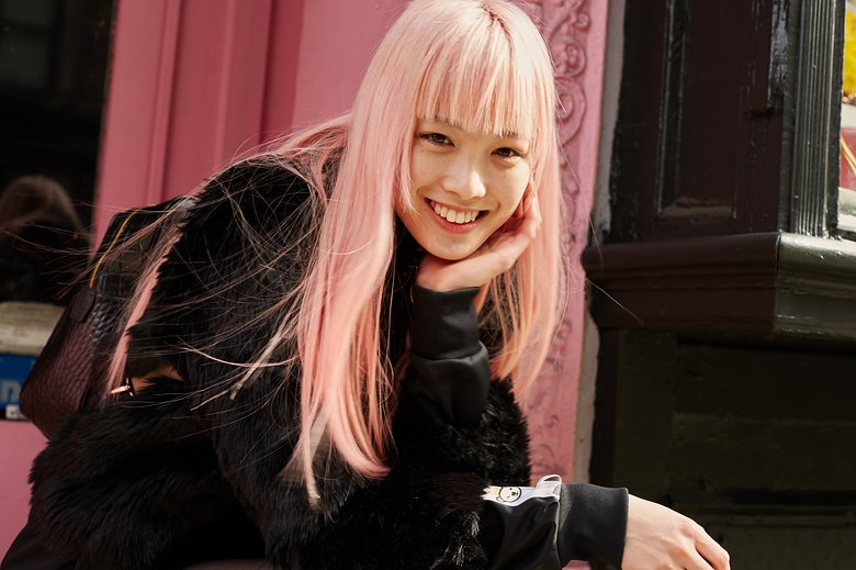 fernanda-ly-pink-hair-vogue