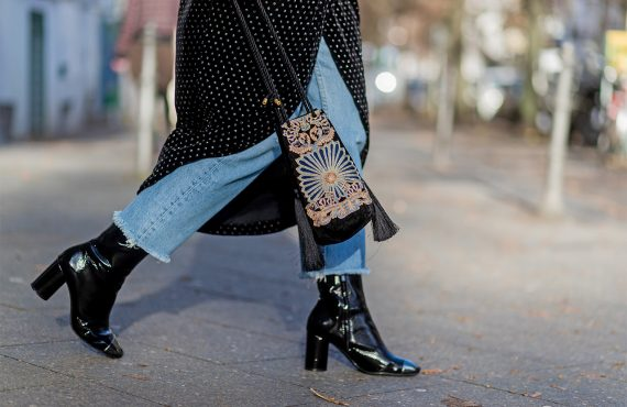 Black-ankle-boots-street-style-zoe