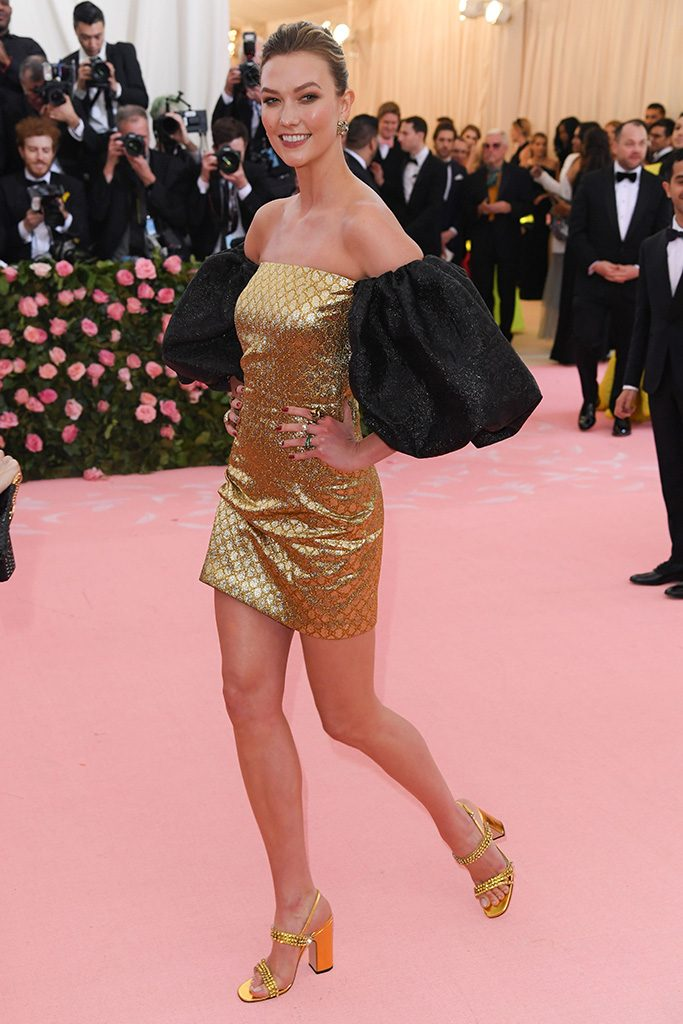 mirada couture fashionbreak met gala camp karlie kloss